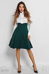 Расклешенная юбка с завышенной талией изумрудная