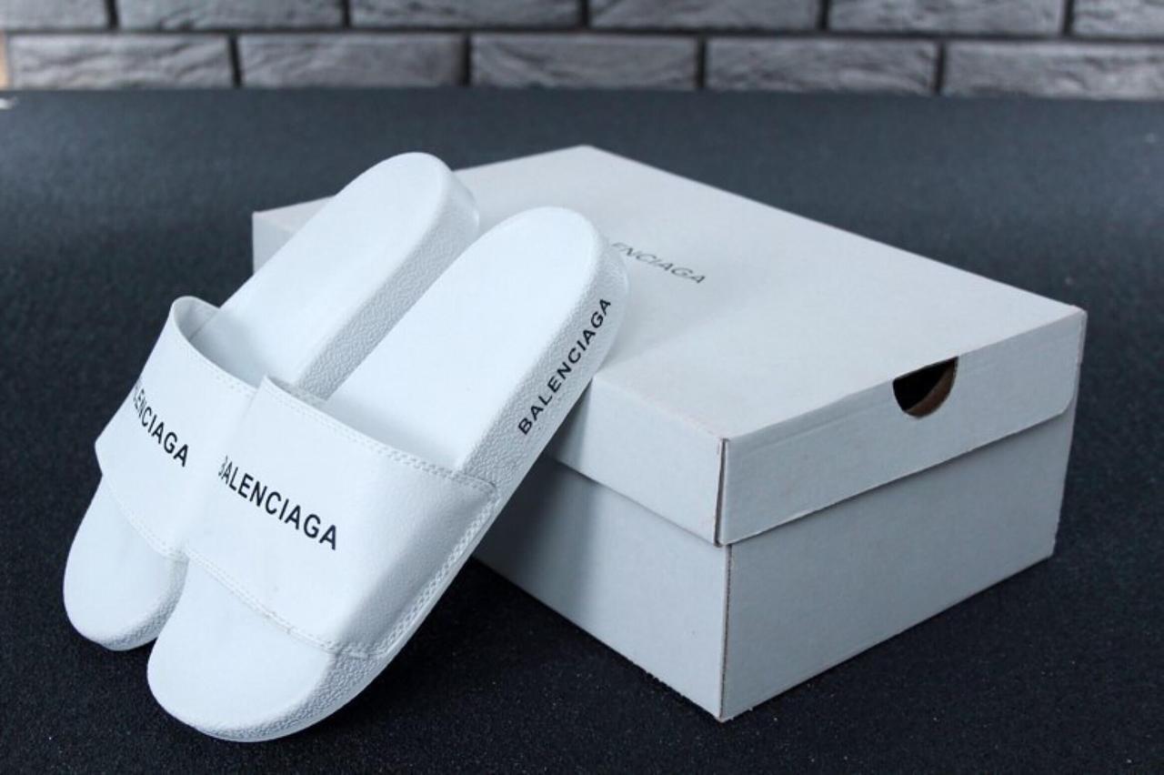 Сланцы Balenciaga белого цвета