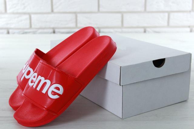 Сланцы Supreme Slippers красного цвета фото