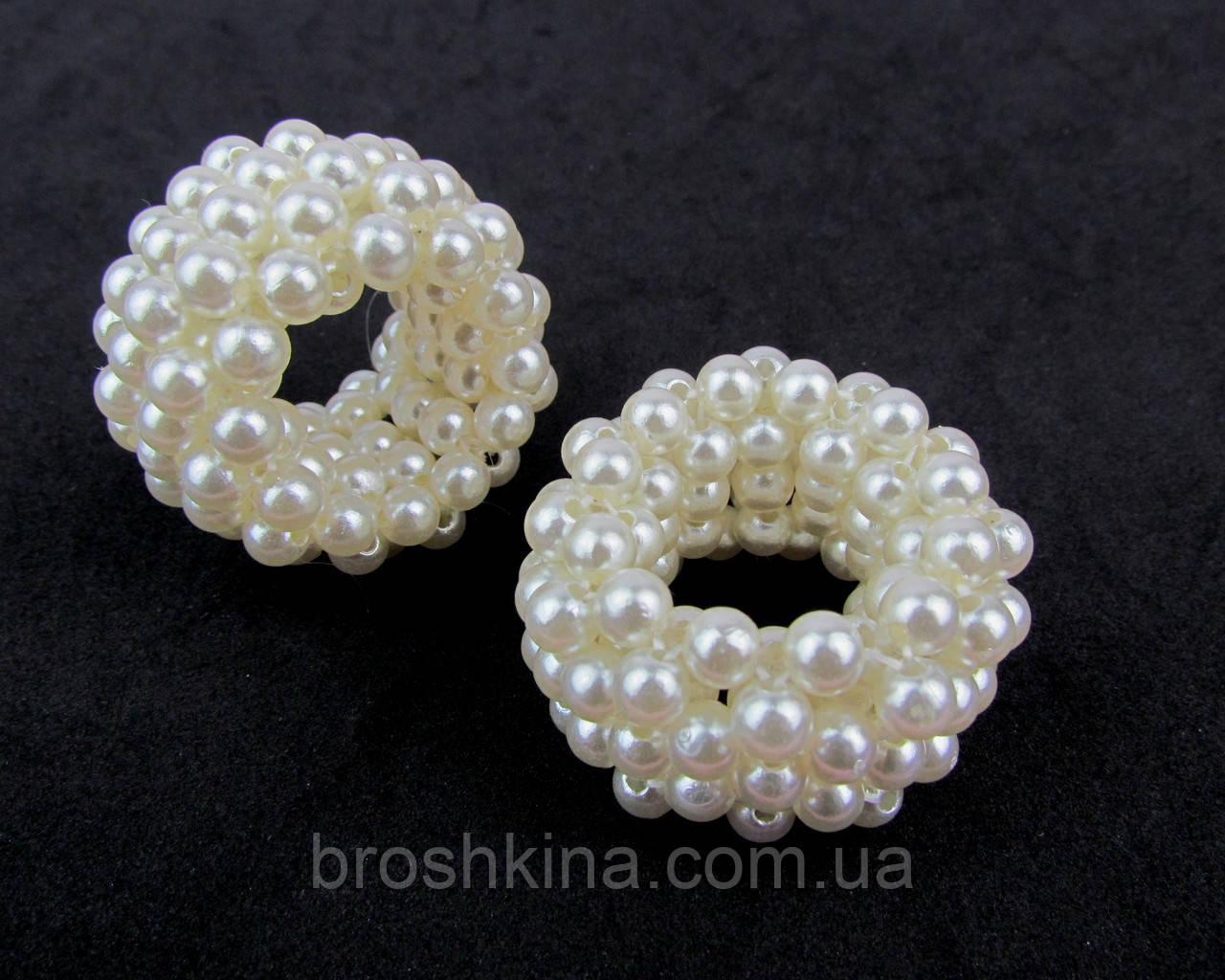 Жемчужные резинки для волос диаметр 4 см белые 6 шт.