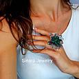 Роскошное Коктейльное серебряное кольцо с изумрудными фианитами, фото 3