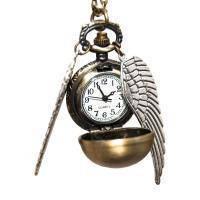 Часы на подвеске Золотой снитч из фильма «Гарри Поттер»