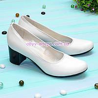 Кожаные туфли на устойчивом каблуке, натуральная кожа белого цвета, фото 1