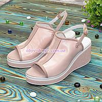 Босоножки женские кожаные на платформе, цвет пудра, фото 1