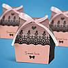 Бонбоньерка на свадьбу в виде розовой коробочки