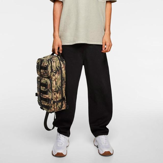 Сумка с камуфляжным принтом Zara