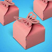 Бонбоньерка на свадьбу в виде коробочки с бабочками в розовых тонах