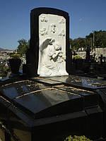 Скульптура на кладбище С-84