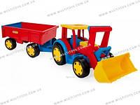 Игрушечный трактор с прицепом «Гигант»