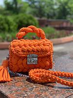Анастасия: «Я не сильно люблю оранжевый цвет, но сумочки из него получаются – шикарные!»