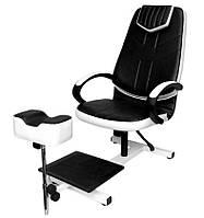 """Педикюрне крісло """"Клео"""" на стелажі"""