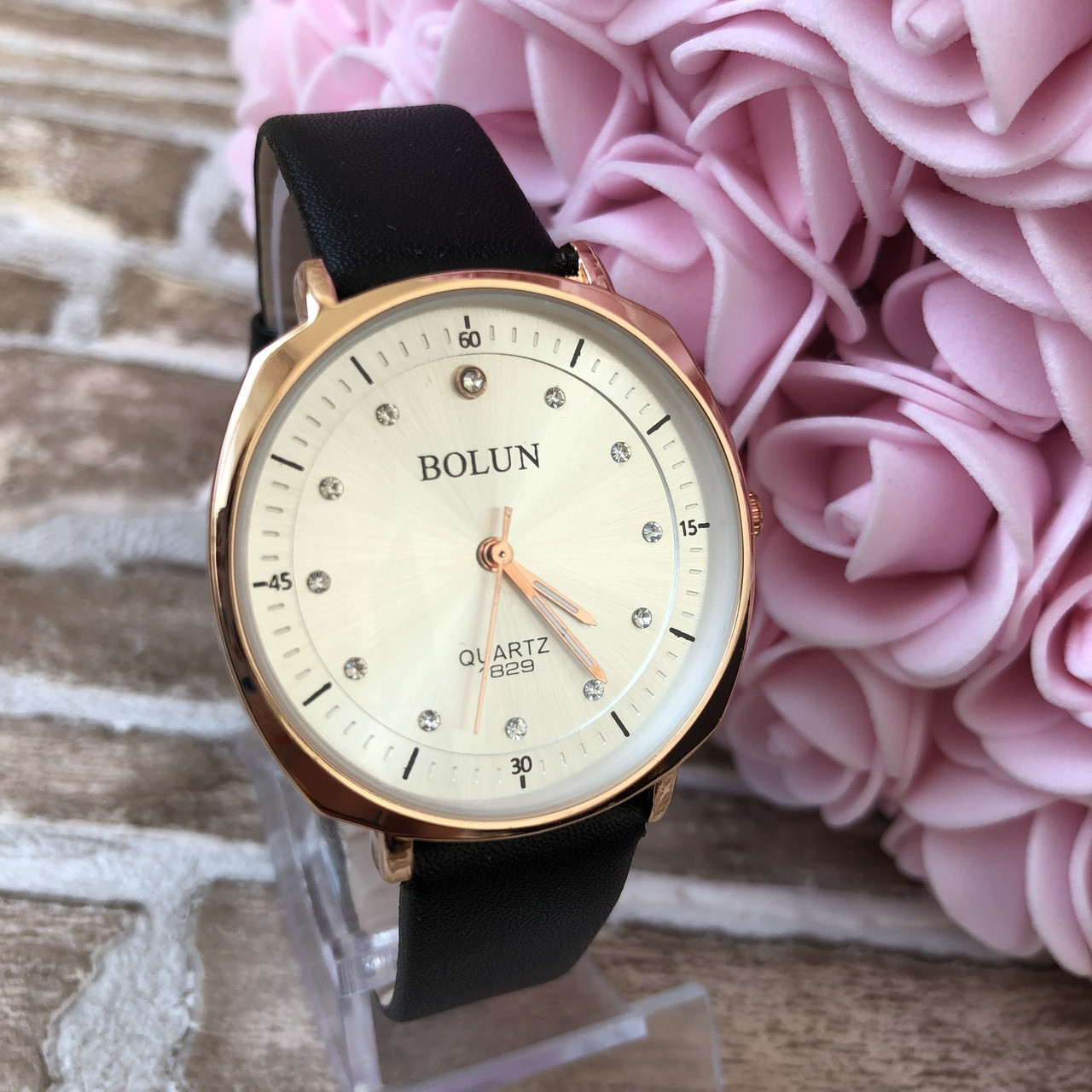 Женские наручные часы Bolun