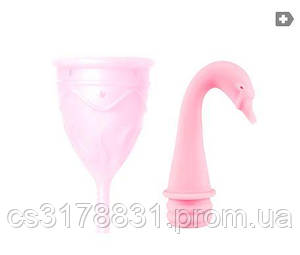 Менструальная чаша Femintimate Eve Cup размер S с переносным душем