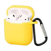 Футляр, чехол для наушников, кейса Apple Air Pods, с брелком, карабином, желтый (yellow)