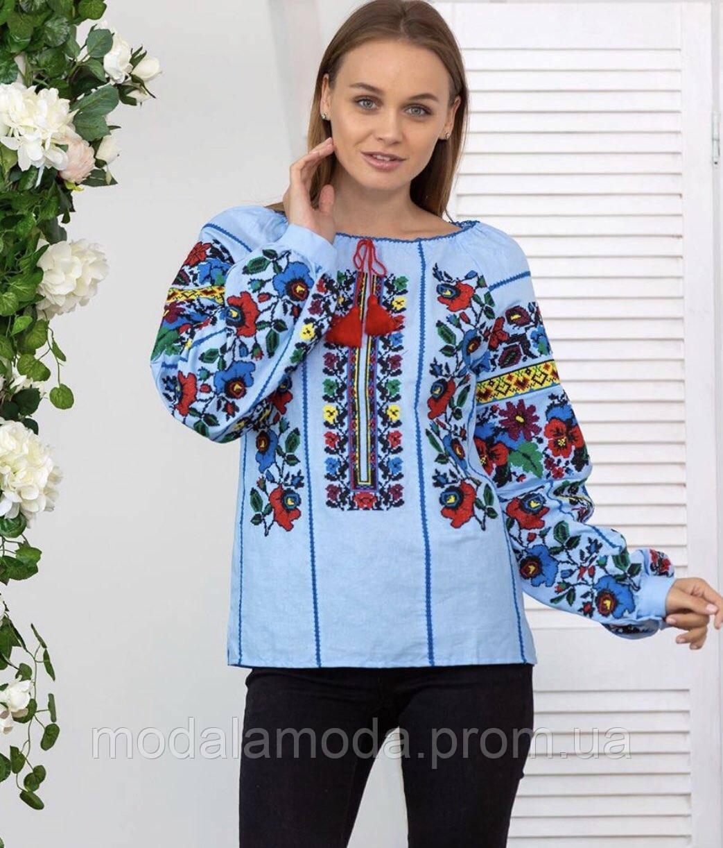 Вышиванка женская в голубом цвете с потресающими цветами