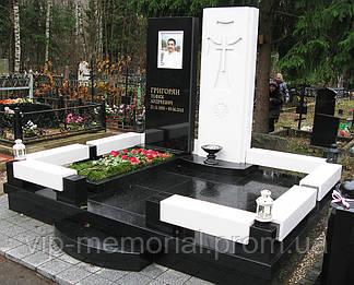 Памятник гранитный Г-141
