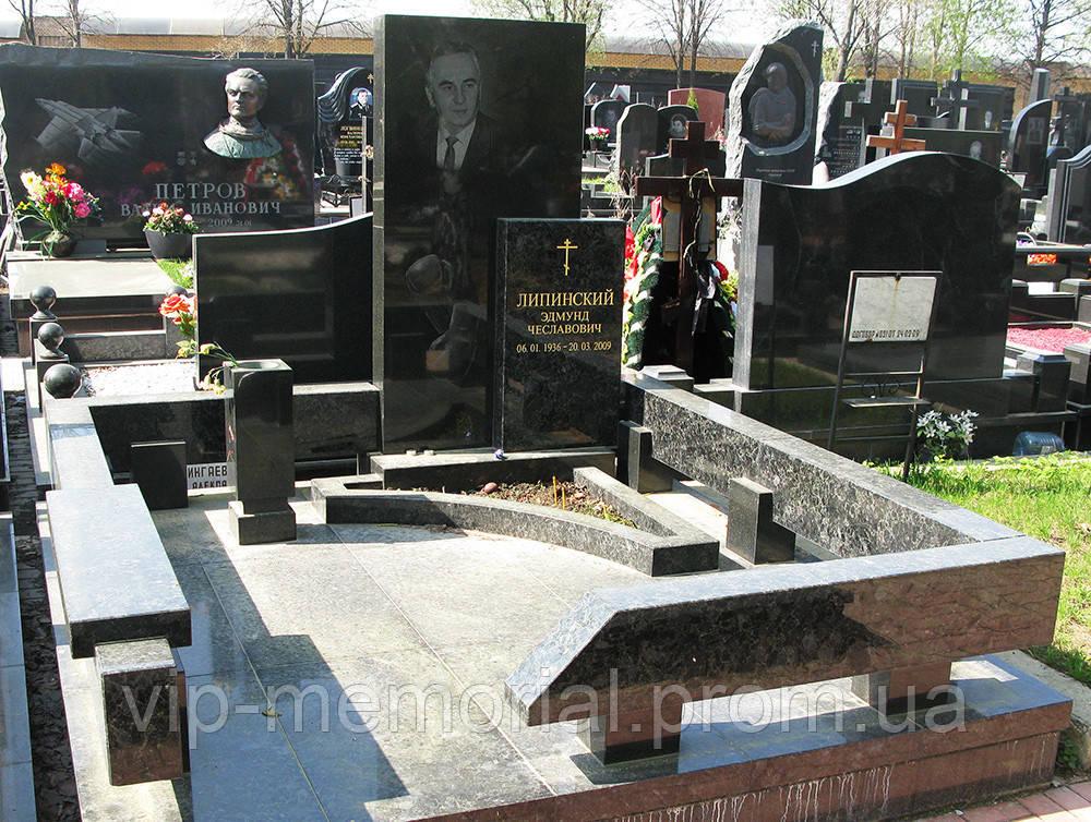 Памятник гранитный Г-271
