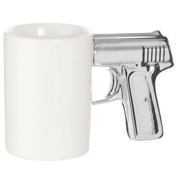 Чашка Пистолет белая с серебряной ручкой (123987)