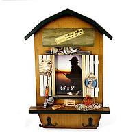 Фоторамка на стену с крючками для одежды для подарка рыбаку 05S335A