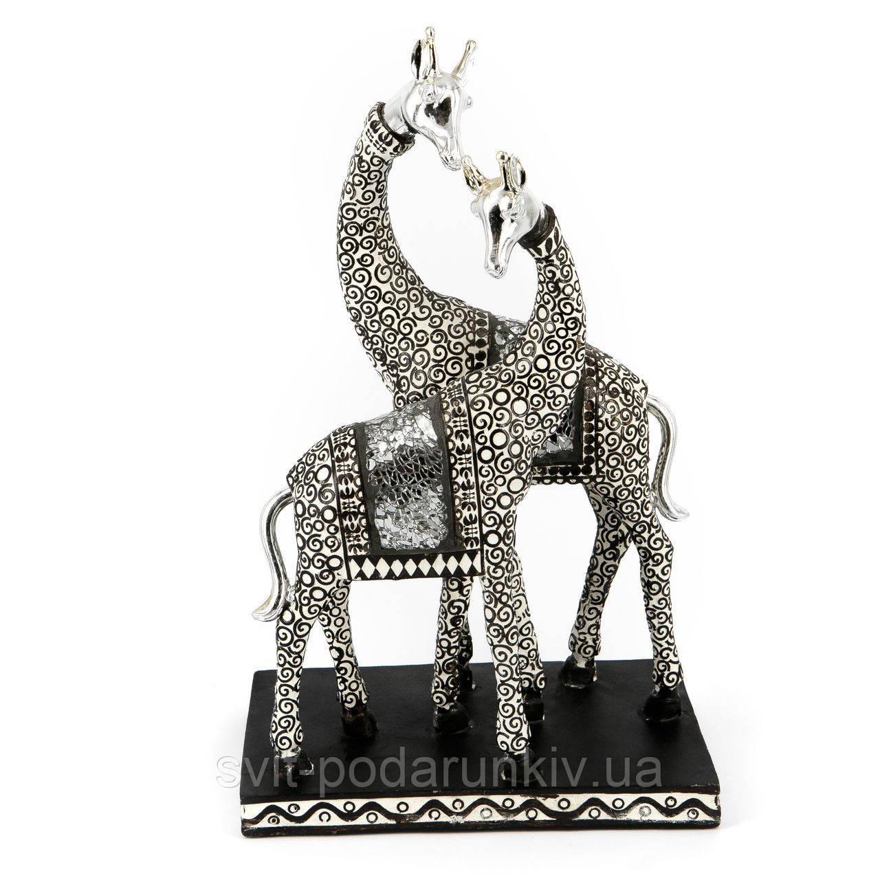статуэтки жирафов