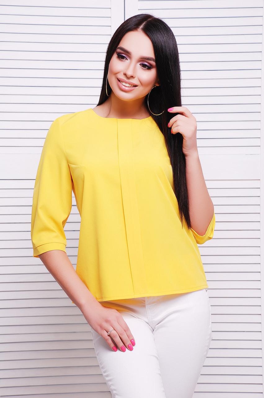 Стильная женская блузка с центральной планкой и рукавами три четверти цвет желтый