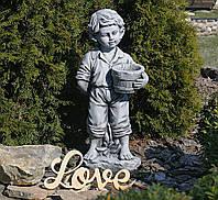 Садовая фигура для сада Мальчик с цветочным горшком 30.5×24.5×65.5cm