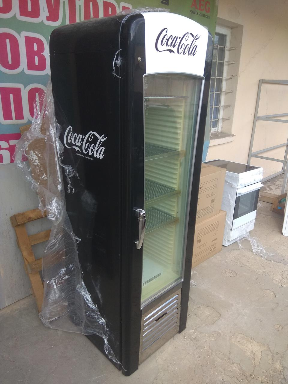 Ретро холодильник Coca-Cola, холодильна вітрина промислова.