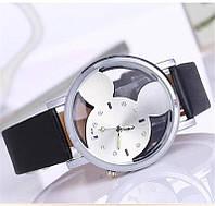 Женские часы Микки Маус кожаный ремешок (Чёрные  серебристым циферблатом )