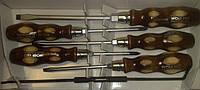 Набор отверток с деревянными ручками (две филипс отвертки, три шлиц отвертки, игла разметочная)