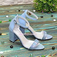 Босоножки женские кожаные на устойчивом каблуке, цвет голубой, фото 1
