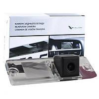 Штатная камера заднего вида Falcon SC29-HCCD. Mitsubishi Pajero