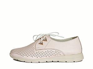 Бледно розовые туфли кожаные
