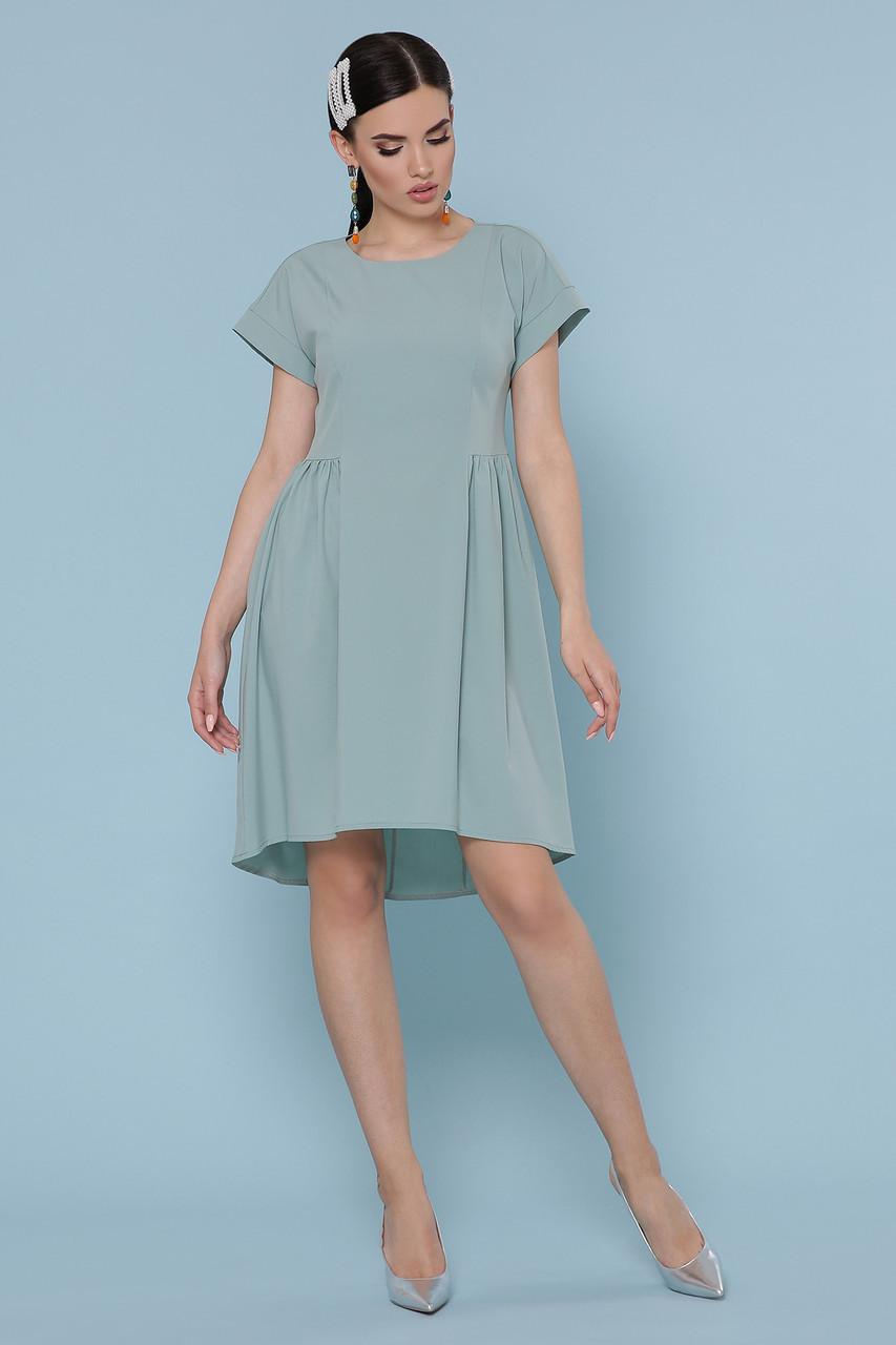 Летнее женское платье с асимметричным подолом