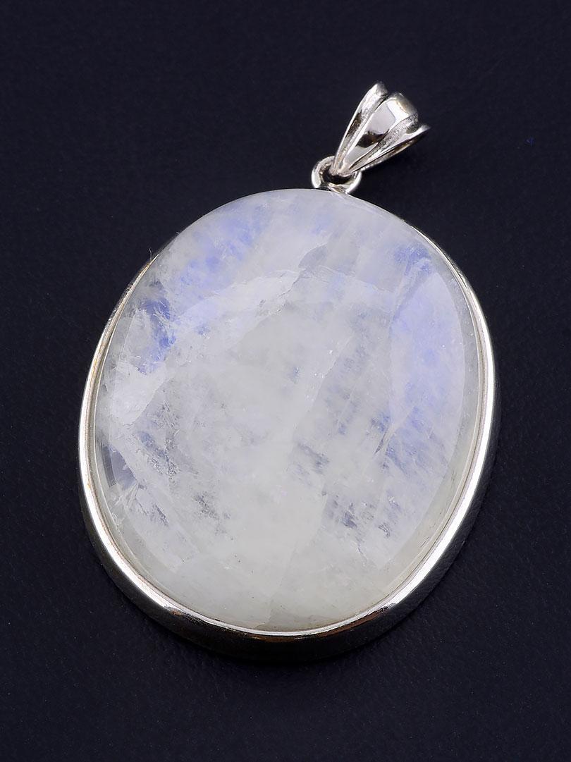 071064 Кулон Лунный камень 19,5 г.