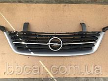 Решетка  Opel Sintra 1998 р-в   GM 10291744