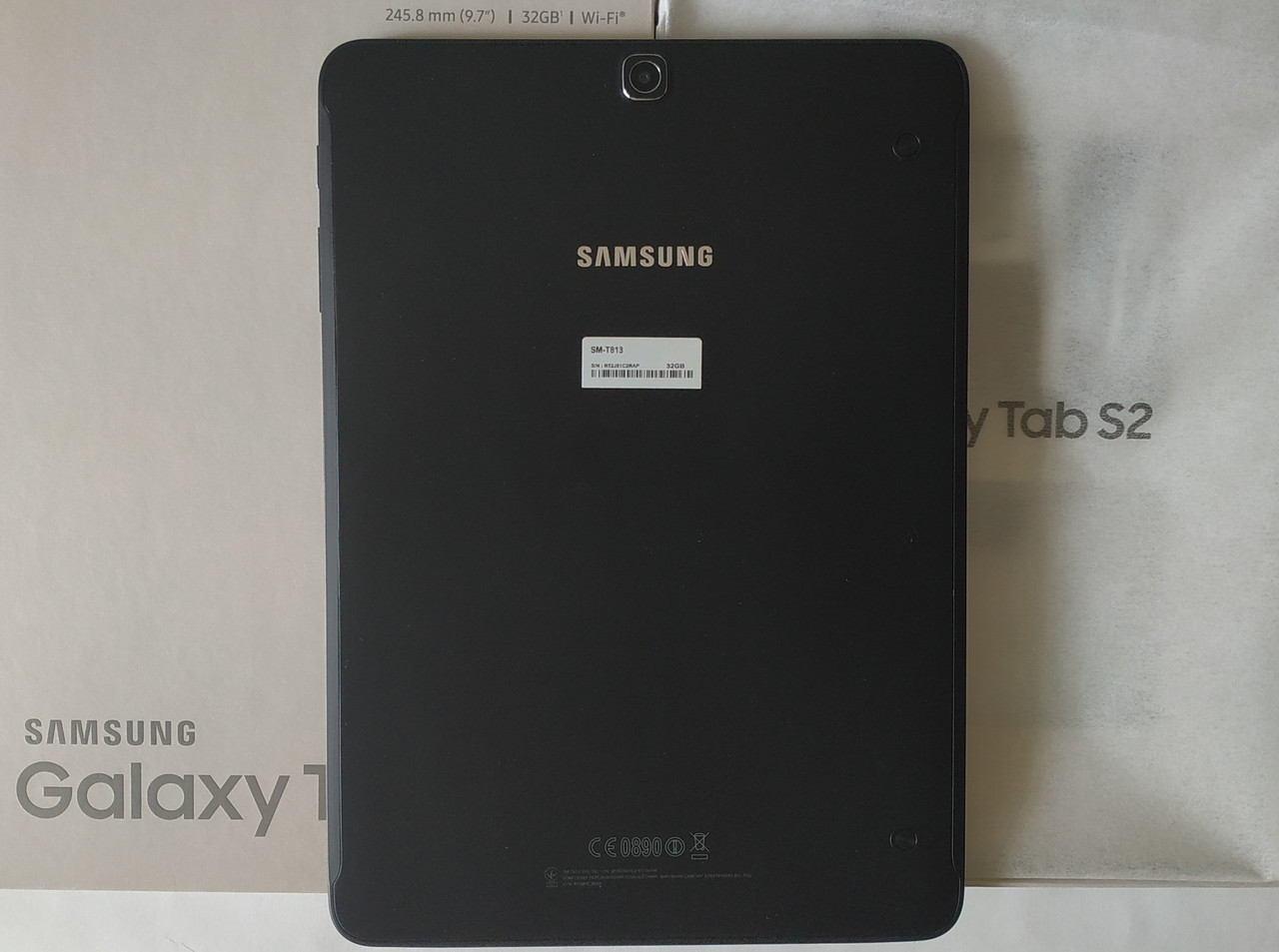 Samsung Galaxy Tab S2 9.7 SM-T813+подарки защитное стекло и чехол книжка