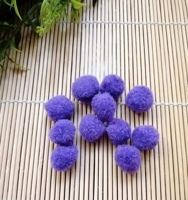 Помпоны декоративные для творчества, фиолетовые