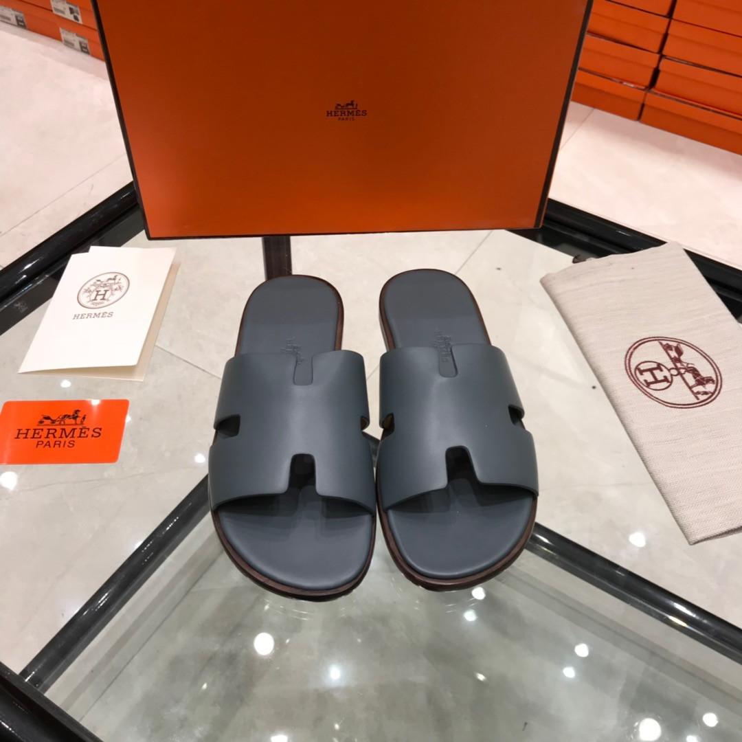 Шлепанцы Hermès кожаные