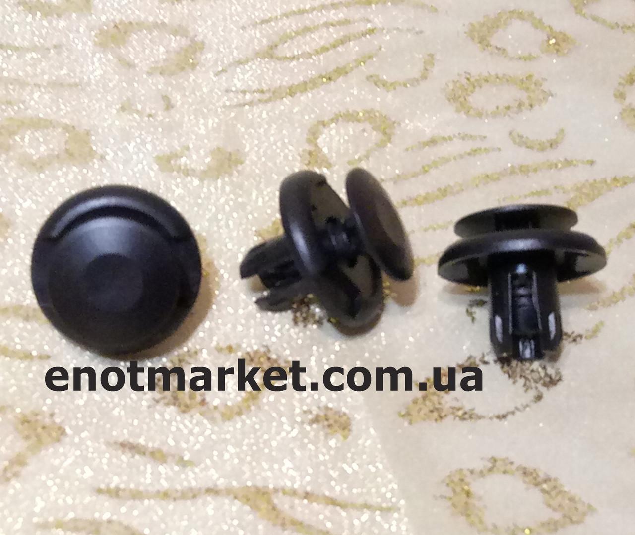 Нажимное универсальное много моделей Mitsubishi. ОЕМ: 91512SX0003, MU000319, MR220501, 91512-SX0-003