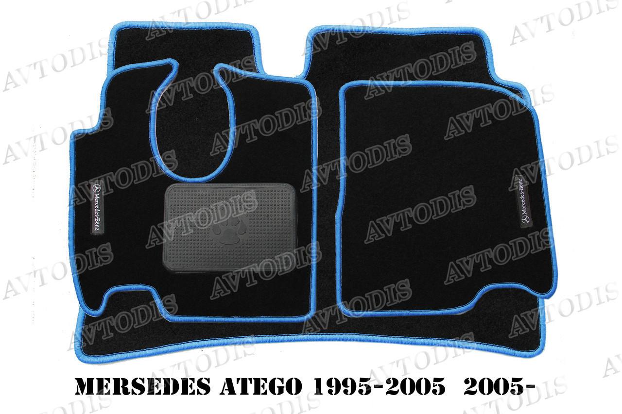 Mercedes-Benz 1995- / Atego 2005- ворсовые коврики (антрацит-красный) ЛЮКС