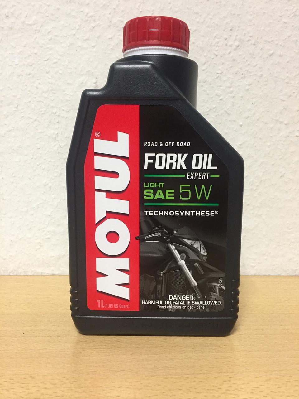 Вилочное масло MOTUL FORK OIL EXPERT LIGHT 5W 1л (101142/105929)