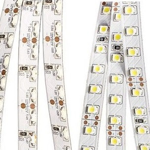 На фото изображены светодиодные ЛЕД LED-ленты с фронтальным и боковым свечением светодиодов