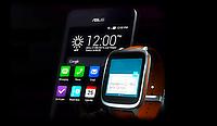 Умные часы ZenWatch 2 от ASUS