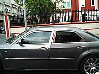 Chrysler C300 Молдинг дверных стоек