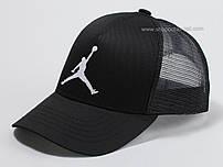 Бейсболка с эмблемой черная Jordan
