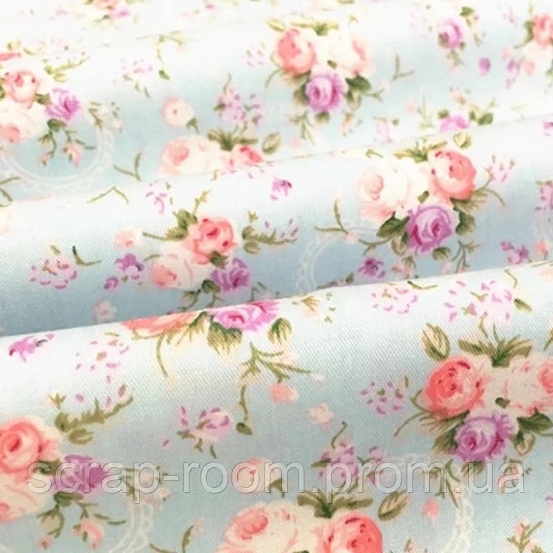 Ткань хлопок 100% голубая нежная с цветами Корея отрез 40 на 50 см