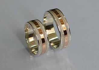 Обручальное кольцо из серебра с золотой вставкой (Обр22)