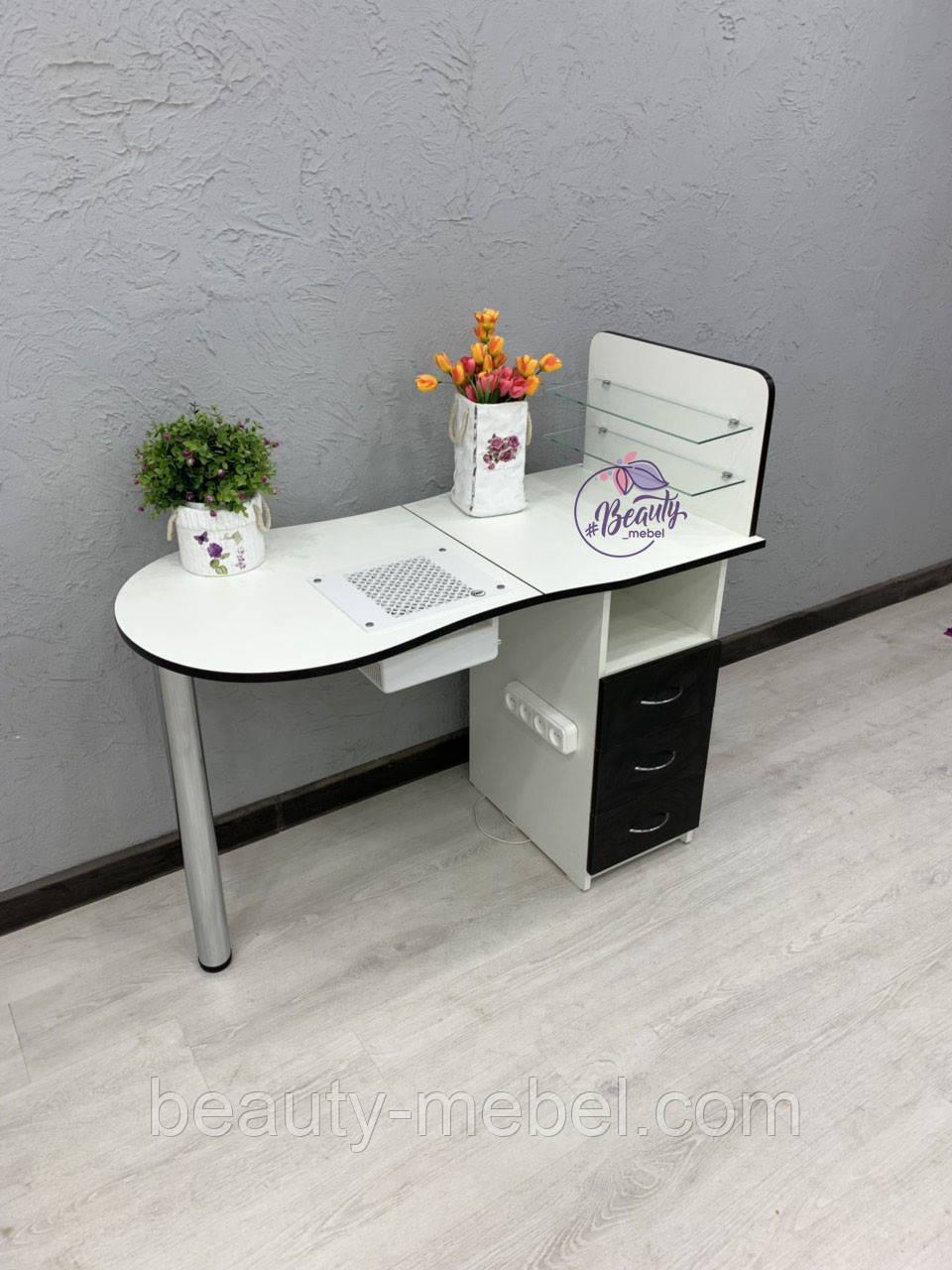 Маникюрный складной стол с мощной вытяжкой и стеклянными полочками для лаков