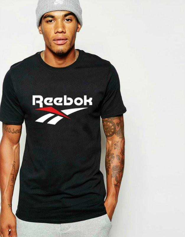 Брендовий футболка Reebok
