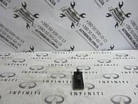 Блок управления стеклоподъемниками Infiniti Qx56 / Qx80 - Z62 (25411-1LB0A)